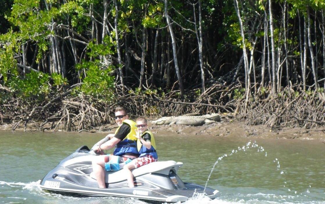 Learn water ski brisbane