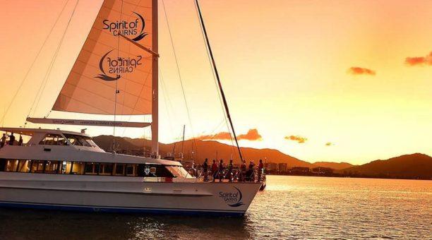 Cairns Sunset Dinner Cruise