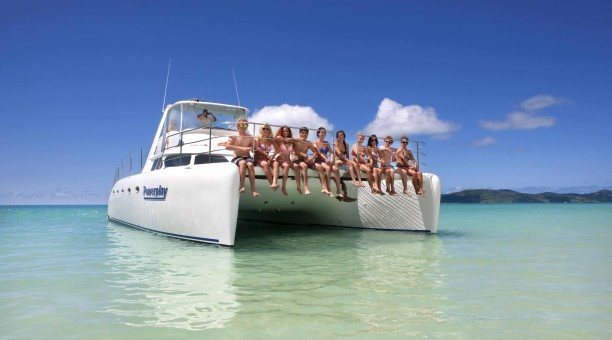Whitsunday sailing on powerplay, Queensland Australia