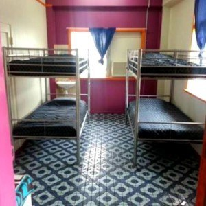 4 Share dormitory at Corona Backpackers