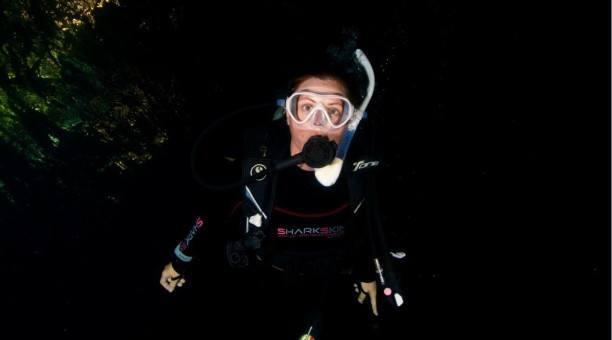 night scuba dive Great Barrier Reef, Australia