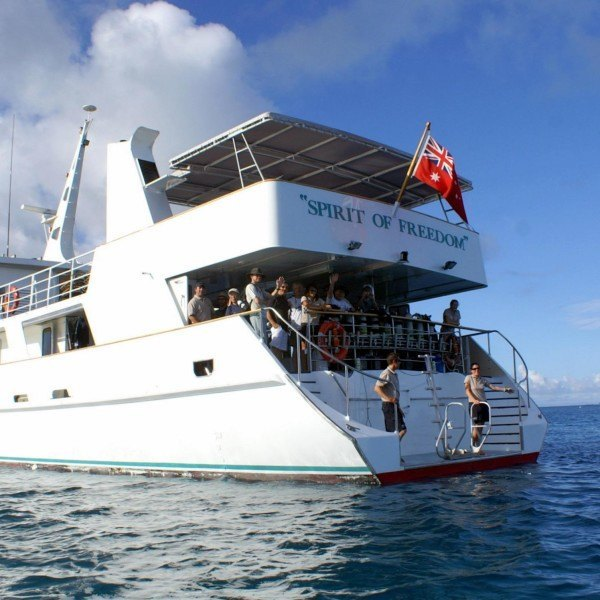 scuba dive expeditions to the Coral Sea