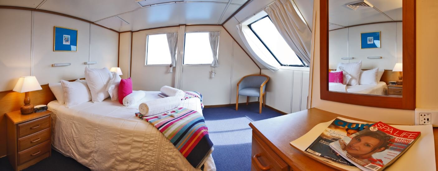 Cairns-reef-liveaboard-top-deck-accommodation