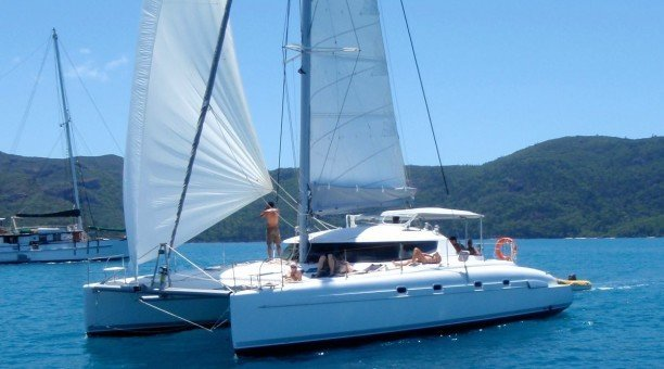 Whitsundays Adventure Sailing