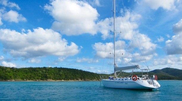 Whitsundays Sail and Snorkel