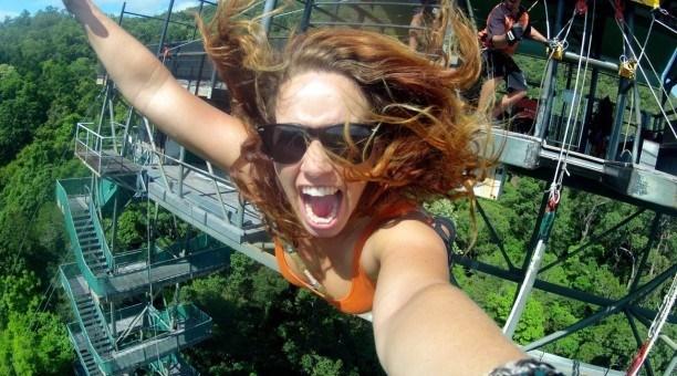 bungy jumping selfy