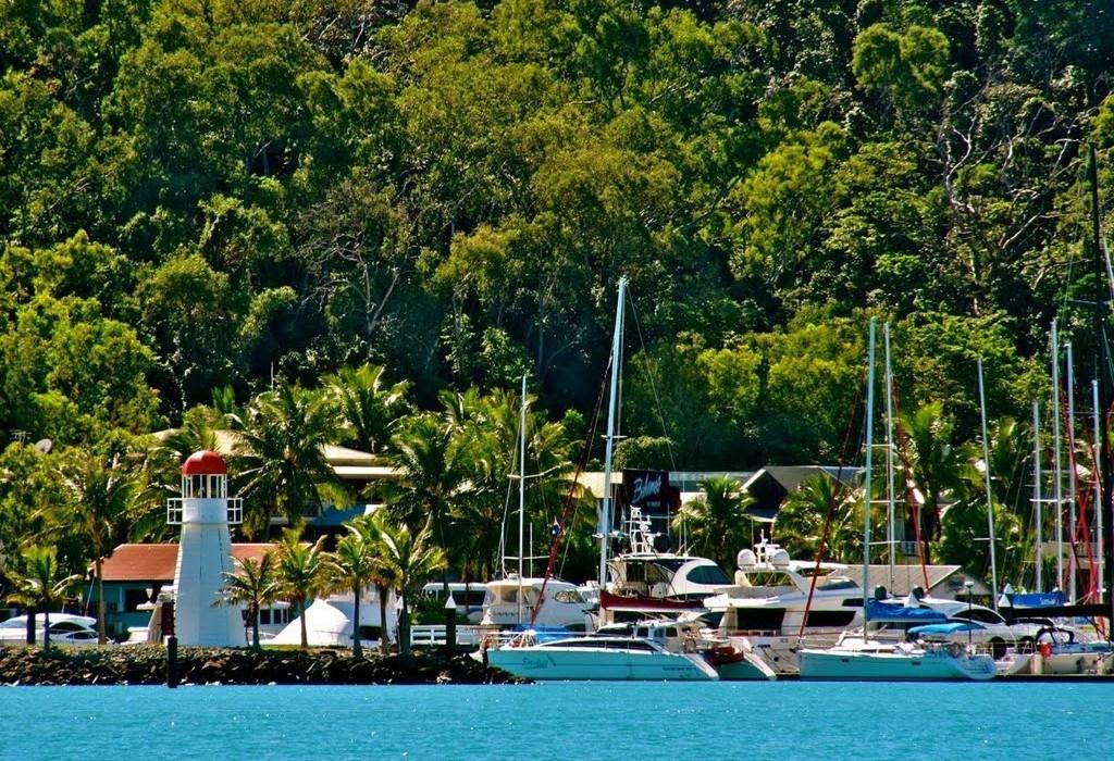 Booking Restaurants On Hamilton Island