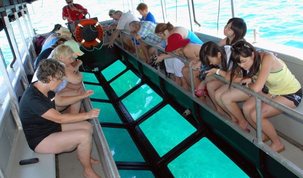Great Barrier Reef glass Bottom boat tour