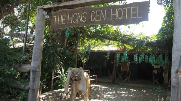 Lions Den Hotel, North Queensland