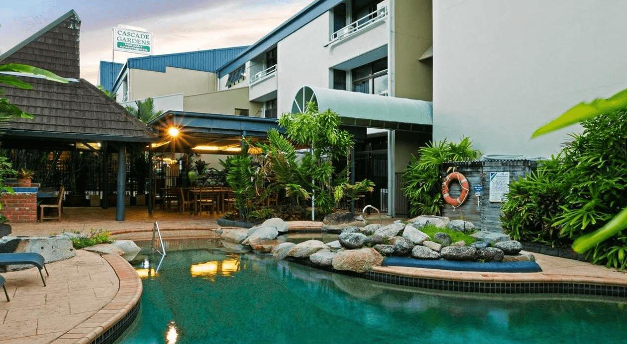 cascade gardens holiday apartments. Black Bedroom Furniture Sets. Home Design Ideas