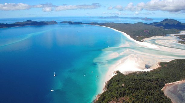 Whitehaven Beach, The Whitsundays, Queensland Australia