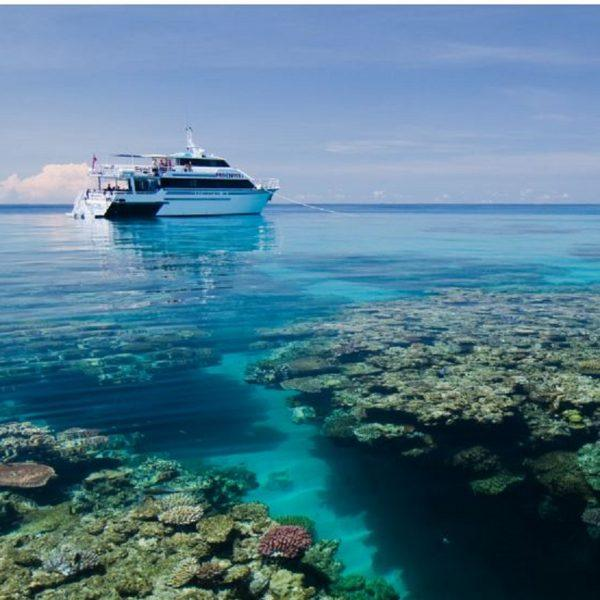 Great Barrier Reef PADI Liveaboard Learn to Dive