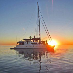 Sail & Snorkel Whitsunday Adventure (2 Day)